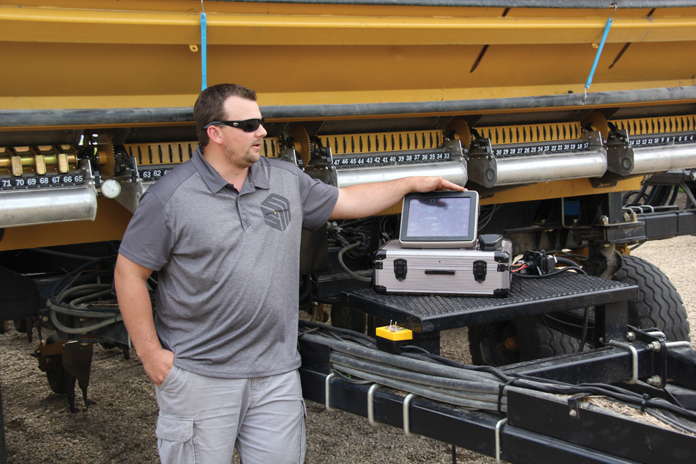 Using a JD GreenStar 2630 monitor as an example, product development specialist Tim Ottenbreit explains the ISOBUS-compatible option for drills, which will allow them to be controlled by main-brand VT monitors instead of requiring a dedicated terminal. The option will be available on 2016 models.