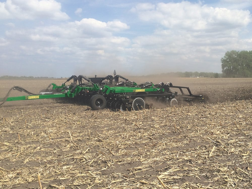 Summers Manufacturing introduces VRT Renegade tillage implement