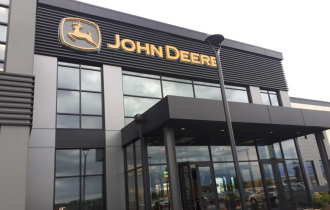 In early 2018 John Deere marked the 25th anniversary of its high-tech Intelligent Solutions Group at the same time it opened this new building to house much of those operations at Des Moines, Iowa.