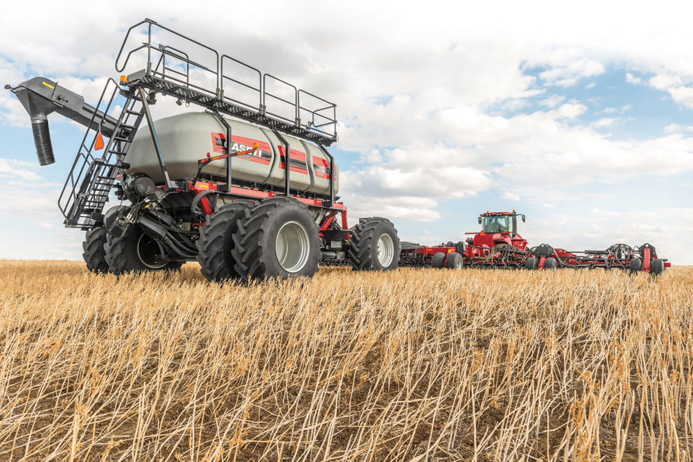 Case IH is enhancing the lineup of Precision Air 5 series air carts with new features and configurations, including individual tank weigh scales and curve compensation.