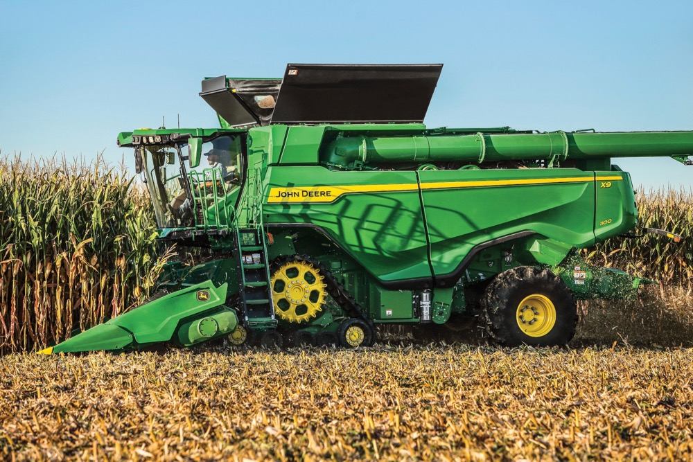 John Deere's X9 combine and C16F folding corn head can harvest up to 7,200 bushels per hour of high-yielding corn, the company says.