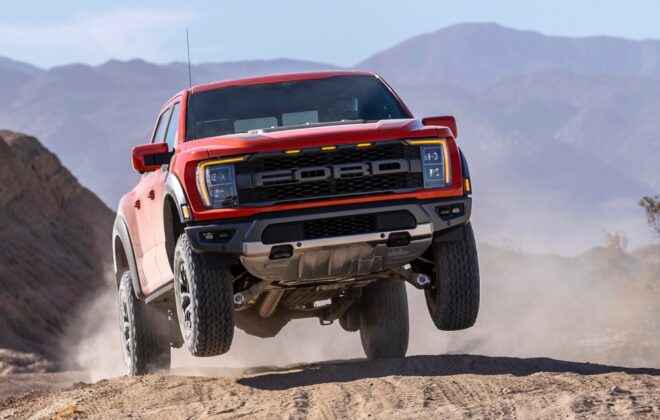 A promotional photo of Ford's 2021 F-150 Raptor. (Media.ford.com)